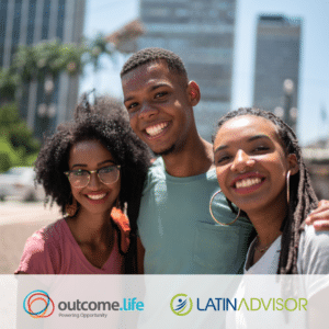 Three Latinx students stand on a city street, smiling. Outcome.Life and Latin Advisor logos are displayed underneath.